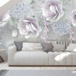 วอลเปเปอร์สั่งพิมพ์ราคาถูก ลายภาพวาดดอกกุหลาบสีม่วง พื้นหลังสีขาวเทา ตกแต่งห้องนั่งเล่น