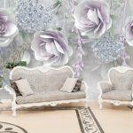 ทางร้านรับทำวอลเปเปอร์สั่งพิมพ์ ลายภาพวาดดอกกุหลาบสีม่วง พื้นหลังสีขาวเทา ตกแต่งห้องรับแขก