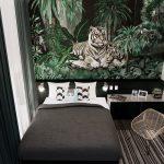 บริการพิมพ์วอลเปเปอร์ติดผนัง ลายเสือคู่ในสวนป่า ตกแต่งห้องนอน