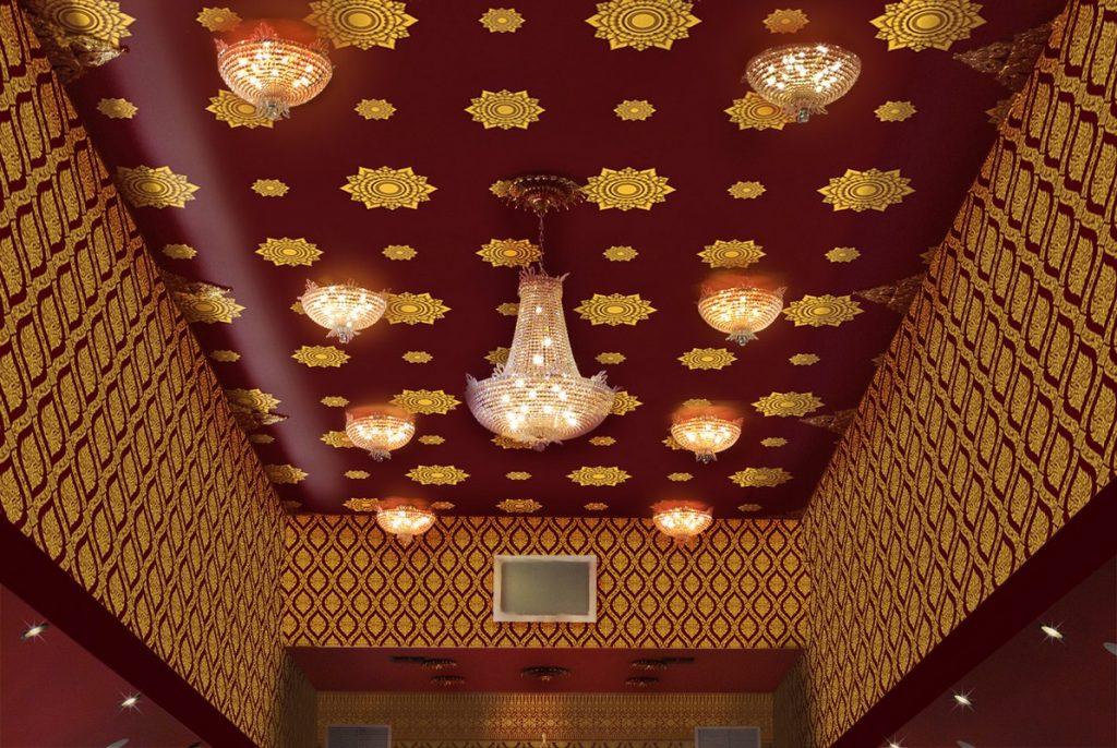 ตกแต่งเพดานห้อง ตกแต่งเพดานโบสถ์ ด้วยวอลเปเปอร์ติดผนังลายดอกดาว สีแดง